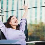 「最も幸福感を得られる職種ベスト10」と「最も幸福感を得られない職種ベスト10」ランキング。