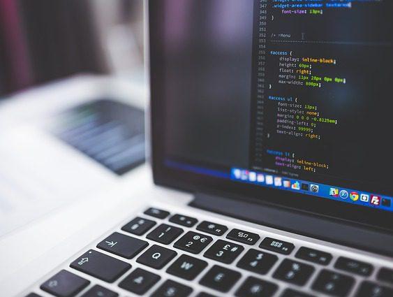 【マーケティング/データアナリスト】募集!経営コンサル、Webサイト制作まで総合的に提供するネットを活用したマーケティング支援を行う注目の企業です!