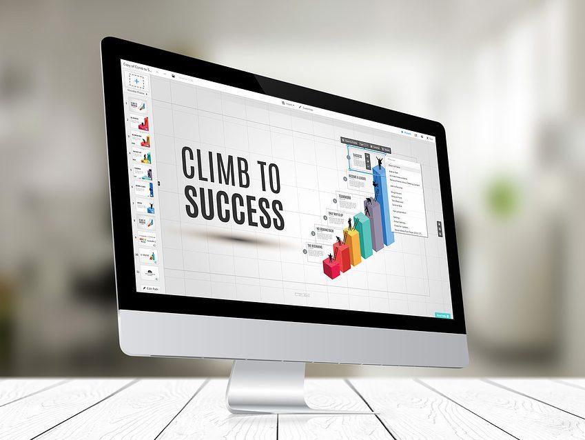 【CM絶賛放映中】サービス開始から5年間で社員数 500名の大規模ベンチャーに成長した企業が【IPO準備室マネージャー】を募集!